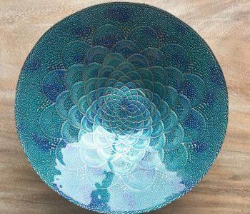schaal blauw glas