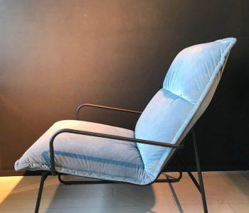 Industriele fauteuil blauw 1