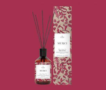 LAYOUTFORPHOTOSHOP_the gift label_reed diffuser_MERCI_webpackshot