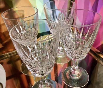 KristalglasCristalGlassWijnBorrelAlcoholOudNieuwsTwelloSetvan4Closeup