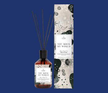 OUDNIEUWSTWELLO_the gift label_reed diffuser_YOUROCKMYWORLD_webpackshot